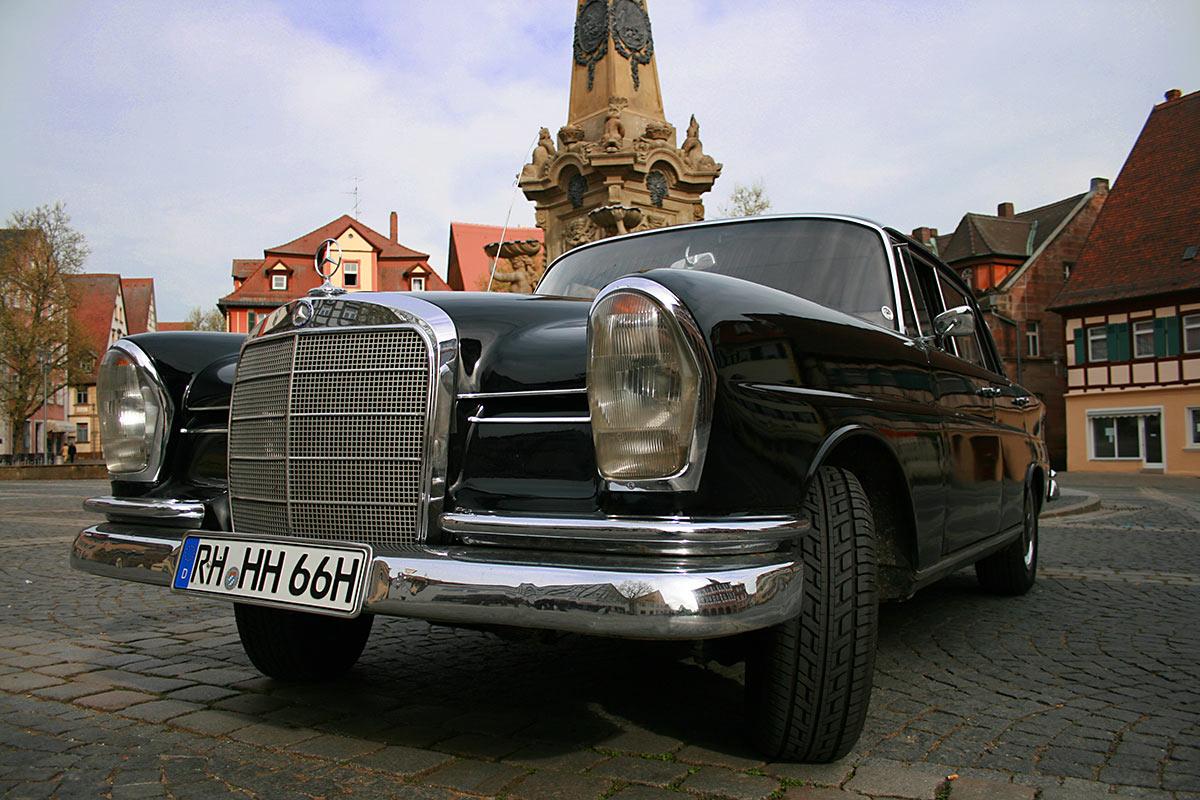 Fotos Mercedes-Benz 220 SE