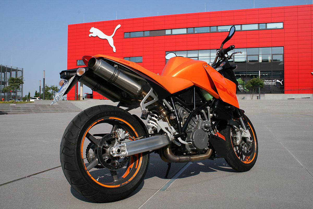 fotos motorrad ktm duke 990 automobilfotos. Black Bedroom Furniture Sets. Home Design Ideas