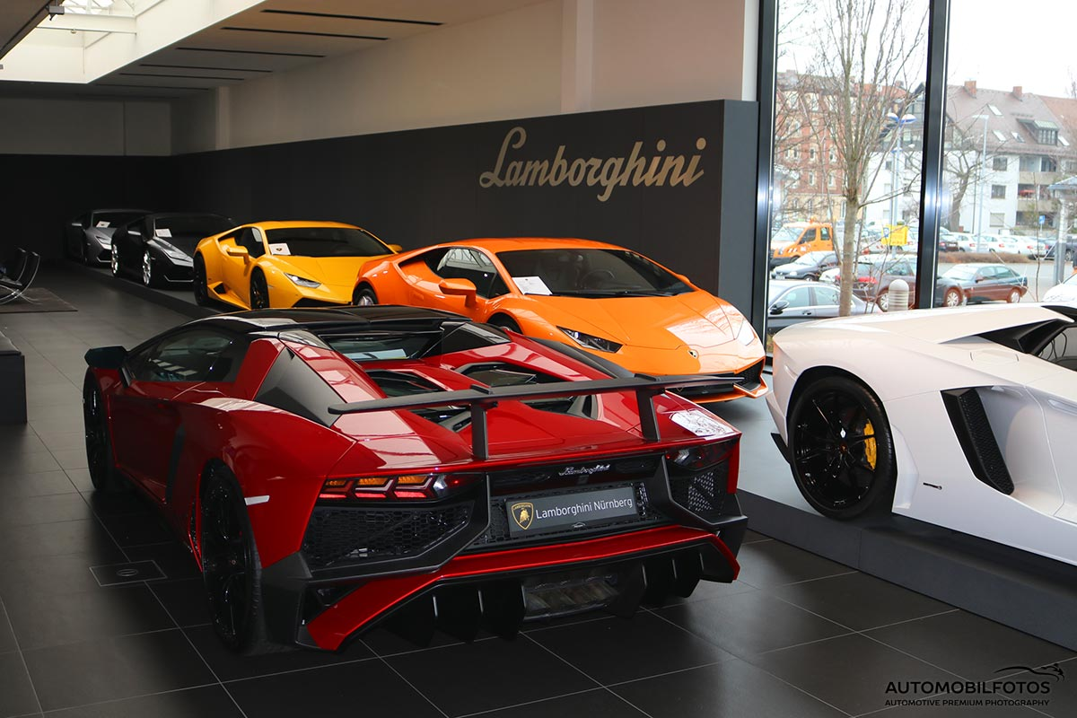 fotoreportage lamborghini showroom n rnberg automobilfotos. Black Bedroom Furniture Sets. Home Design Ideas